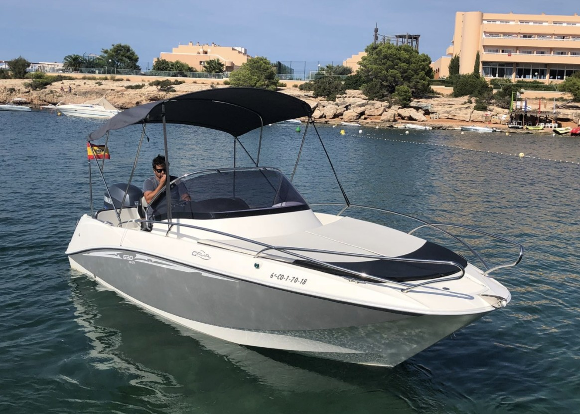 Boat Rental - Galea 630 / 2018