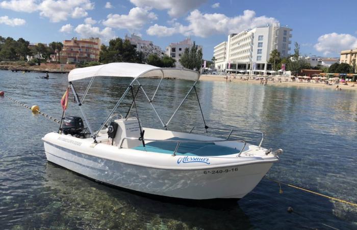 Boat Rental 15 HP