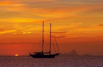 Sail Boat Sunset Trip