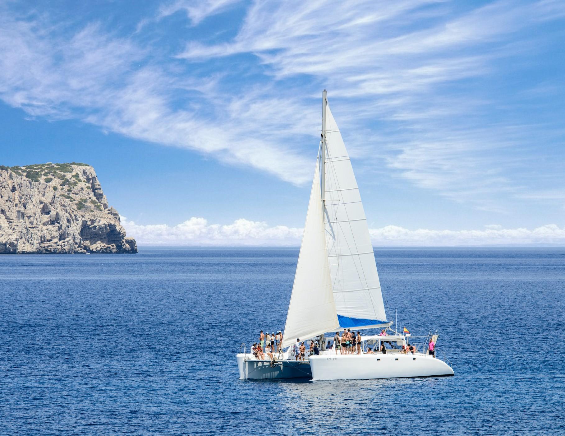 Catamaran Ibiza 4 hours boat trip